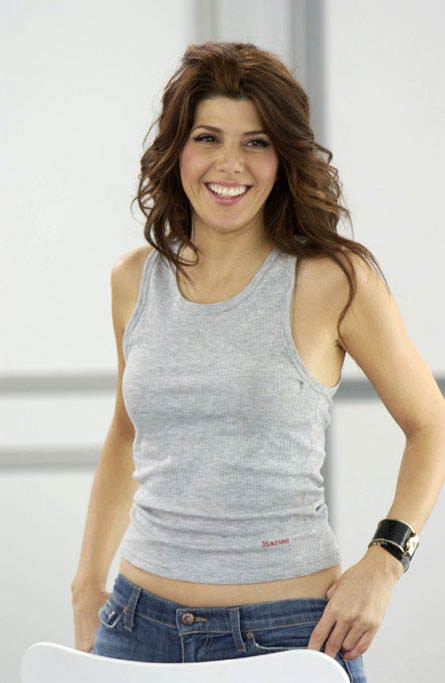 Marisa Tomei's Diet and Exercise Routine: Beautiful and ...